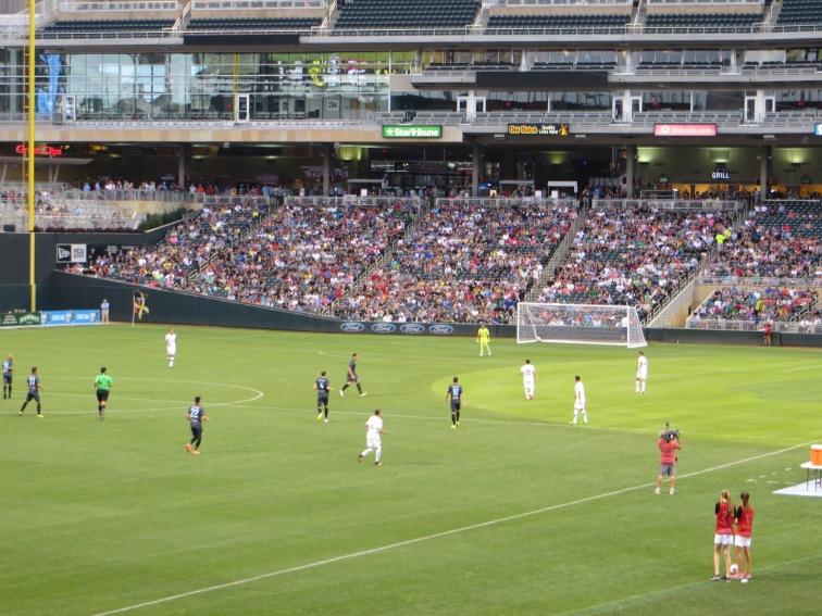 MNUFC vs. Leon - Target Field 2
